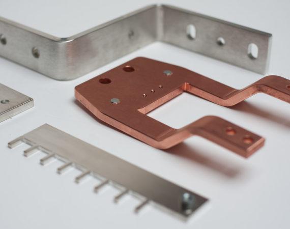 Stromschienen aus Kupfer und Aluminium
